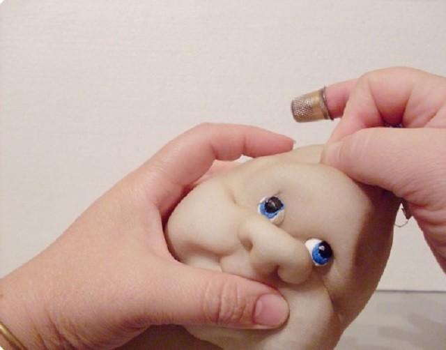 Формирование бровей куклы